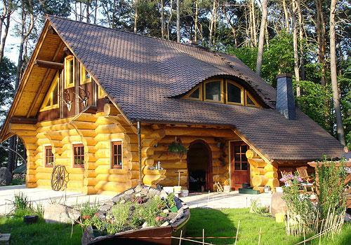 Domy z bali drewnianych okr g ych i klejonych biznes for Gartengestaltung 100m2
