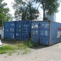 Syndyk sprzeda kontenery oraz maszyny do prac ziemnych i ogrodniczych