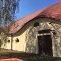Budynki zabytkowej stajni Koszęcin pod usługi