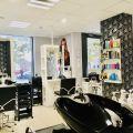 Sprzedam Fantastyczny Salon Fryzjerski Na Fantastycznym Osiedlu