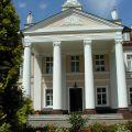 Pośrednik poszukuje pałaców w Wielkopolsce, Polsce
