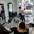 Oferta: Sprzedam salon fryzjerski w centrum Berlina
