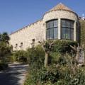 Sprzedam średniowieczny zamek z przeznaczeniem na hotel w Barcelonie